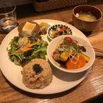 【大阪】京橋駅で美味しくて安いランチが人気のお店!20選