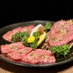 新橋で味わう絶品焼肉!安いうえに美味しい人気店予算別16選