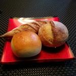 【レストランのパン】 美味しいパンをいただける 東京のレストランのブーランジェリー5店