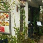 京都にあるアーティスティックなおしゃれカフェ