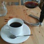 カフェスペースもある、京都の自家焙煎コーヒー店