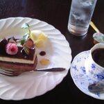 【新宿】Cafe & 喫茶店で楽しむケーキセット 8選♪w