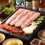 新大久保@韓国料理で会社宴会・女子会・歓送迎会・忘新年会で人気の5選