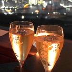 【新橋駅周辺】デートにおすすめのお店16選!バーや居酒屋など