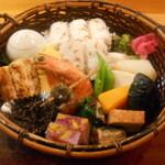 サラリーマン御用達!赤坂駅周辺のおすすめランチ10選!