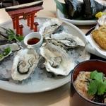 名物料理を食べ歩き!広島県でデートにおすすめのグルメスポット19選