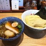 神保町でおすすめの人気つけ麺店8選