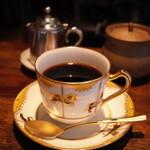 【霞ヶ関】喫煙OK!愛煙家におすすめのカフェ8選