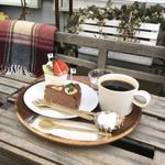 【赤羽】人気のカフェ20選!昭和レトロからおしゃれまで