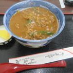 京都のカレー・・ライス?うどん?いえいえ、丼です