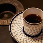 全店喫煙可!愛煙家が集まる新橋のカフェ・喫茶店10選