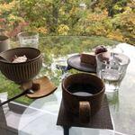 北海道のおしゃれカフェ8選!自然を満喫できる絶景カフェも