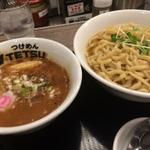 【大阪】梅田周辺でおすすめのつけ麺・汁なしラーメン8選