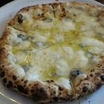 チーズにまみれろ!クアトロフォルマッジが美味しいピッツェリア12選