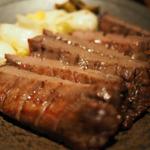 梅田でガッツリ肉を堪能しよう!おすすめの肉ランチ8選