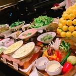 梅田で人気の食べ放題ランチ8選!子供も大人も大満足♪