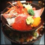 築地で美味しい海鮮丼ランチを味わおう!おすすめのお店8選