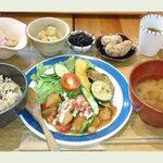 松山で人気のカフェランチ!おしゃれでグルメなお店8選