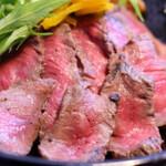 【高田馬場】肉をおしゃれバルで味わう!人気の肉バル8選