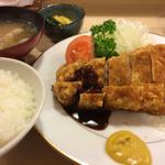 国分寺でおすすめの絶品肉料理ランチ8選