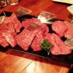 新宿でがっつりお肉を楽しみたい方へ!美味しい肉バル8選