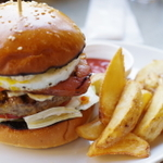 池袋で絶品ハンバーガーをがぶりっ!人気ショップ10選