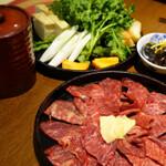 新宿駅近で肉三昧!「新宿名店横丁(肉横丁)」まとめ