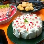 ケーキだって食べ放題!池袋の美味しいケーキバイキング8選