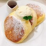 【京都市内】ふわふわで美味しい!人気のパンケーキ12選