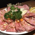 新宿の美味しい焼肉食べ放題8選!リーズナブルなお店も!