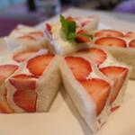 【関西】今が旬!おすすめの華やかな苺スイーツ11選