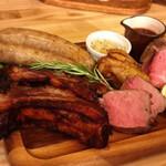 【梅田】肉をつまみにがっつり飲む!おすすめの肉バル8選