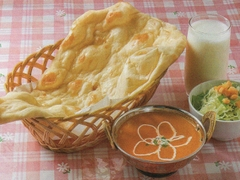 インド・ネパールレストラン プルニマ