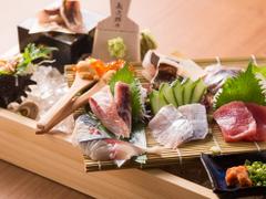 魚と飯みこし