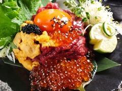 梅田 肉の寿司 かじゅある和食 足立屋