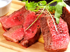 肉バル MANZO 新宿南口店