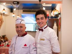 Yıldız Turkish Restaurant & Bar ユルディズ トルコレストラン