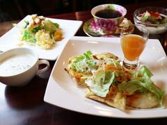 カフェレストラン人参 六甲道店