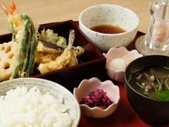 天ぷら やす田