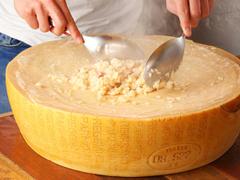 Cheese Bistro Booze UP 長者町店