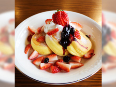 パンケーキカフェ cafeblow 泉佐野店