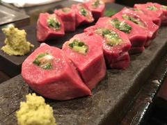 肉ダイニング RAKUGAKI