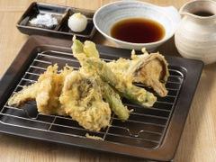 オリーブオイル天ぷらと和酒 サカツヤ