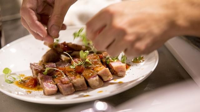 新宿 肉 バル たべろぐ ビストロ ジル
