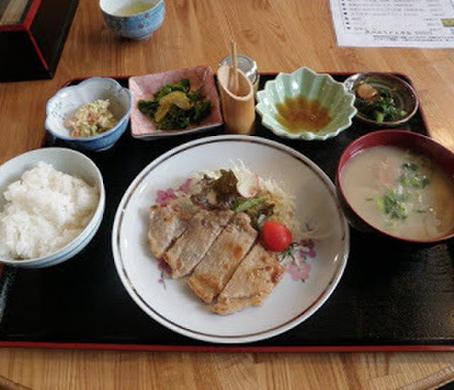 だっこひゃーご - 山鹿市その他(定食・食堂)の写真(食べログが提供するog:image)