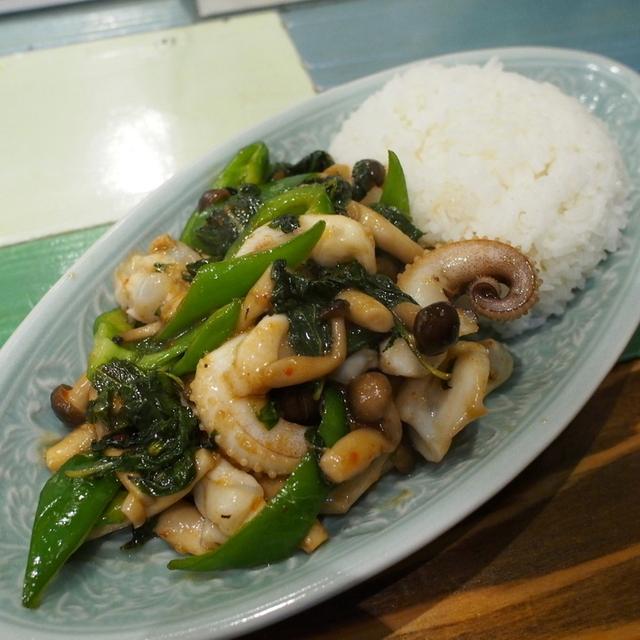 旅人シェフのタイ食堂 KHAO (天神橋筋六丁目/タイ料理)