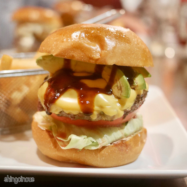 シェイクツリー バーガー&バー             (shake tree burger&bar)                        )~イメージ画像1~