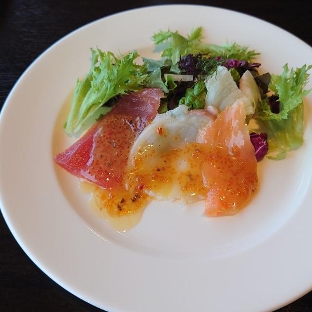 函館山ロープウェイ山頂レストランジェノバ - 谷地頭(ジンギスカン)の写真(食べログが提供するog:image)