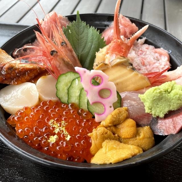 近江町海鮮丼家ひら井 本店 - 北鉄金沢(魚介料理・海鮮料理)の写真(食べログが提供するog:image)