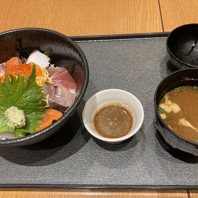 ソラエ・ダイニング 海鮮 七菜彩(SOLAE DINING カイセン ナナイロ) - 福岡空港(居酒屋)の写真(食べログが提供するog:image)